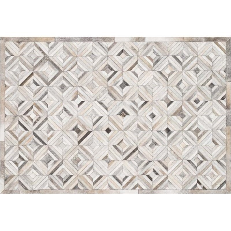 Loloi Promenade 5' x 7'6 Cowhide Rug in Ivory and Gray Product Image
